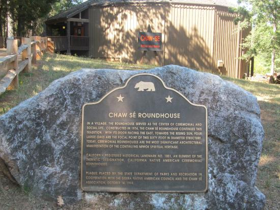 Indian Grinding Rock State Historic Park: roundhouse museum