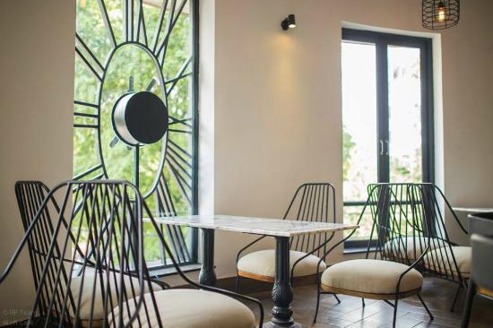 The Loft Restaurant & Cafe
