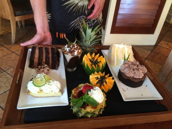 Tommy Bahama's Restaurant & Bar: Dessert Selection