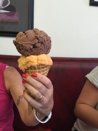 Huckleberry's Espresso & Ice Cream: Ice Cream