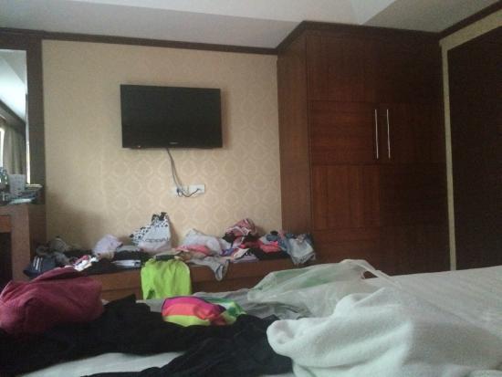 Rayaburi Hotel Patong Our Room