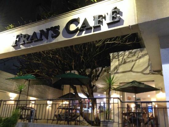 f3f2939a4d7 tem até estacionamento! - Avaliações de viajantes - Fran s Café ...