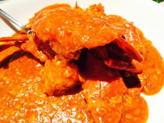 Tung Lok Seafood : サマーセット駅近くのビルに入っている中華です。中華系のお客さんが多く、少し待ちましたが、味はGOODです。店員さんもいろいろ話してくれて、普通の中華とは異なる感じがしました。