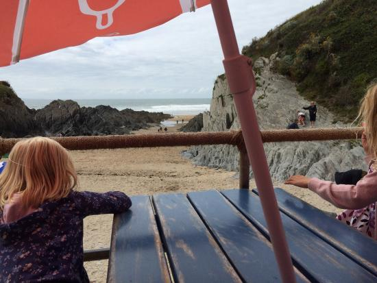 Mortehoe, UK: Sitting at the beach cafe