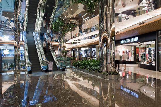Kosebasi Reina: zorlu mall