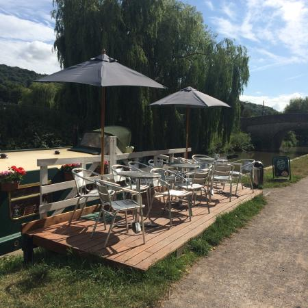 Cafe on the Barge: Seats outside the barge
