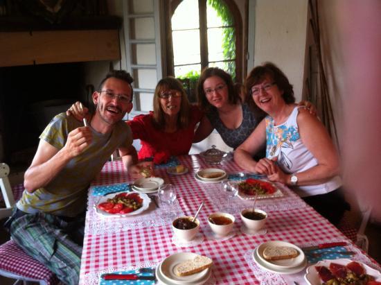 Riverside-Home-Cottage: Beim Frühstück mit der Gastgeberin