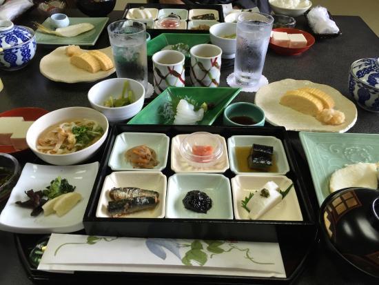 Matsudaya Hotel : とても品がよくおいしい朝食