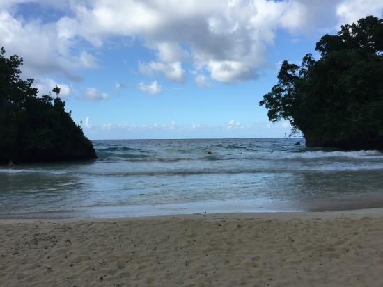 Frenchman's Cove Resort : View from the Beach