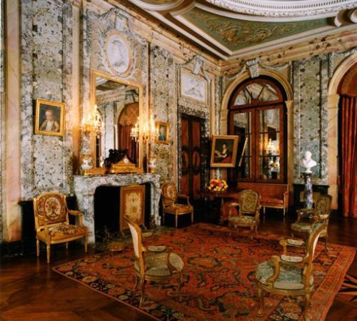 Arceau, France : Grand Salon