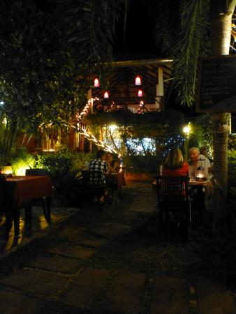 The Frog Wine Cellar & Restaurant: Charming atmosphere