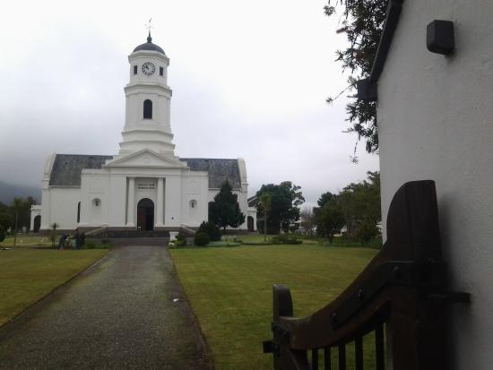 Dutch Reformed Mother Church : Church from the main entrance
