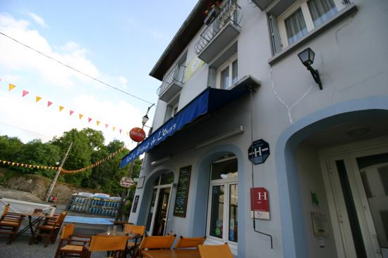 Arette, France : hotel front