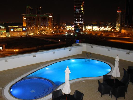 S Hotel Bahrain Outdoor Pool