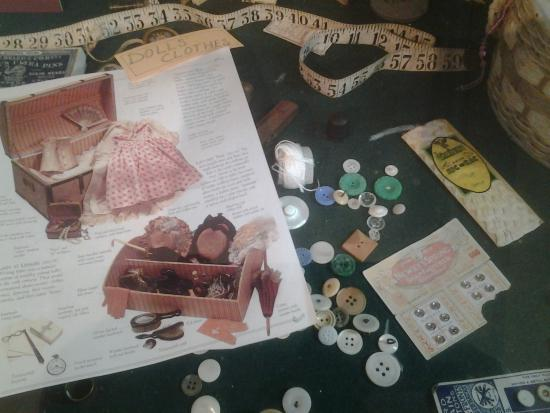 George Museum : Dolls clothes and sewing aids