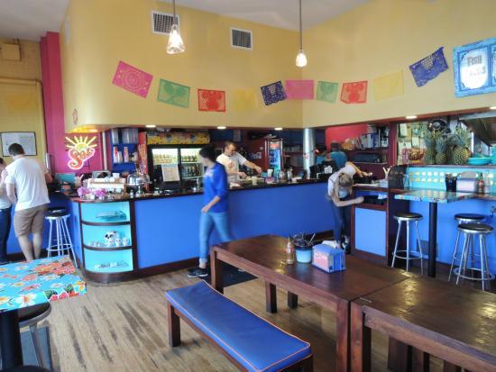 El Rayo Taqueria: Inside