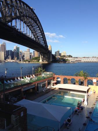 Olympic Pool North Sydney: Always an amazing view...