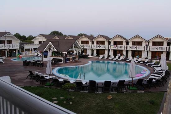 Клуб-отель «Белый пляж» (Джемете) Описание - Анапа