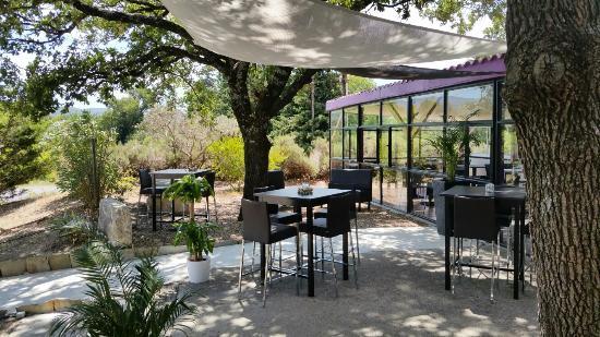 Pernes Les Fontaines Restaurant