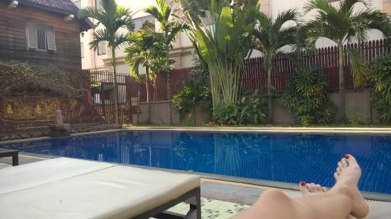 Mom's Guesthouse: piscine de l'hotel accessible a tout les clients gratuitement