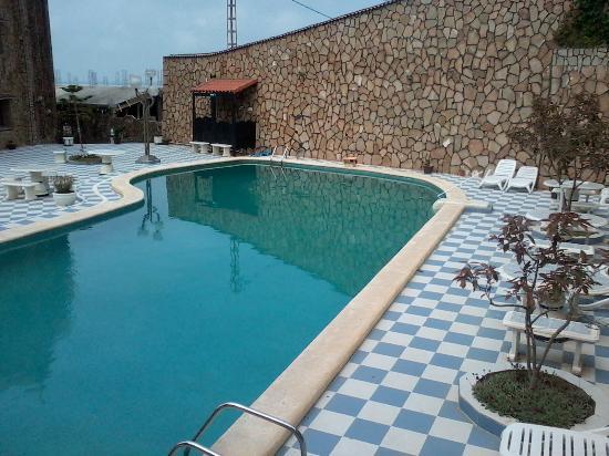 L 39 hotel picture of residence alpha bejaia tripadvisor for Residence piscine