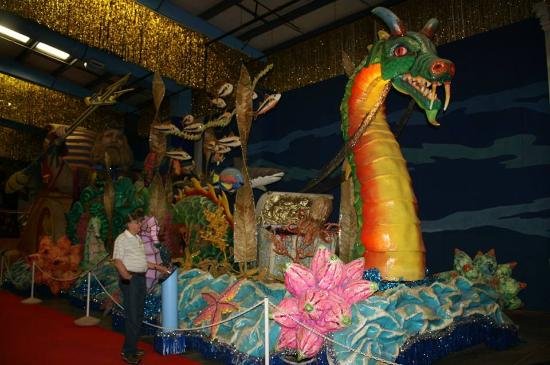 Quicksburg, VA: King Neptune Float