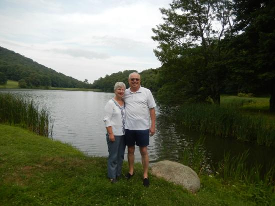 Peaks of Otter Lodge: out for a walk around the lake