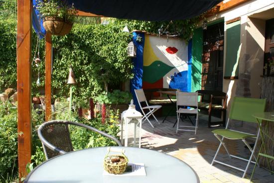 Weingarten12 -Cafe Und Kunst