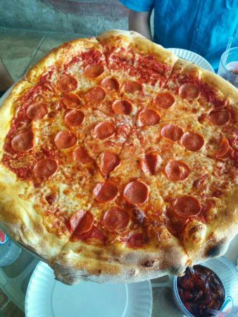 DeNunzio's Brick Oven Pizza and Grille