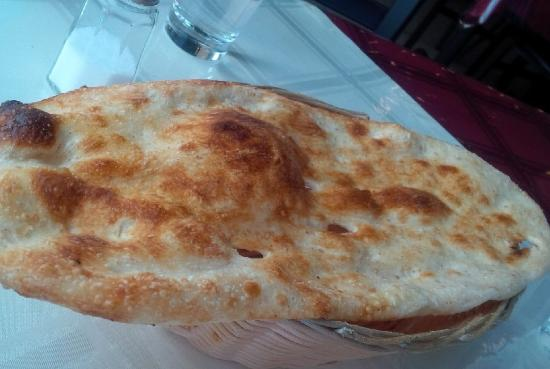 naan homemade naan with malai kofta noni afghani afghan flatbread naan ...