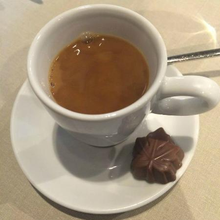 Faculty Club : Coffee and chocolate
