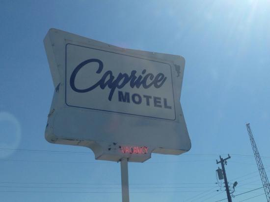Caprice Motel: photo1.jpg