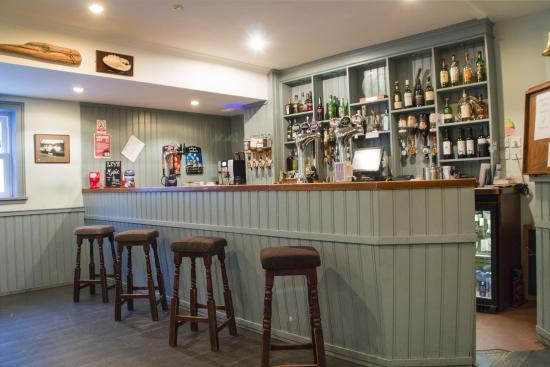 The Colonsay: The Bar