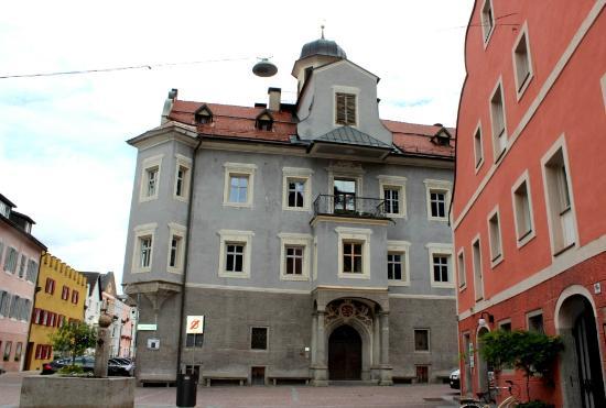 Palazzo Sternbach