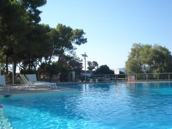 Hotel Lena Mary: piscine 2