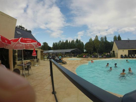 Photo de camping la pommeraie de l 39 oc an for Camping de la piscine brittany