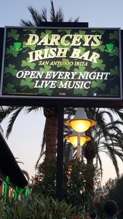 ‪Darcey's Irish Bar Ibiza‬