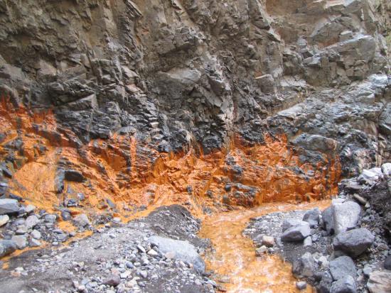 Cascada de los Colores, Barranco de las Angustias: Cascada de Los Colores