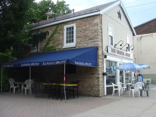 Gananoque, Canada: The Ice Cream Shop :)