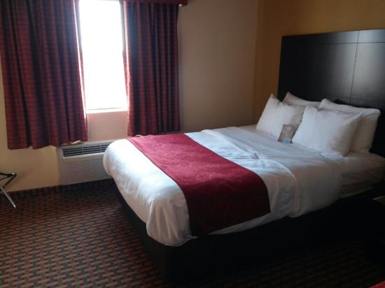 Comfort Suites: Inside a double suites