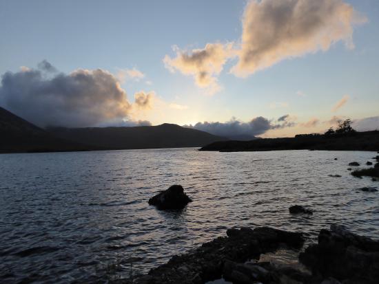 Lough Inagh Lodge: Evening, rare, sunshine
