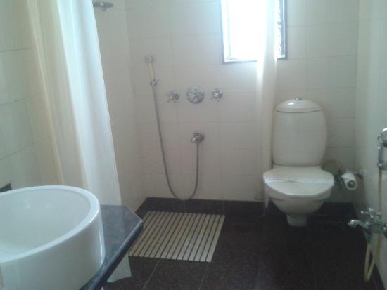 Sea Palace Hotel: Bathroom