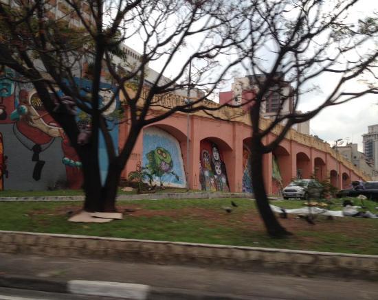Muro dos Arcos da Avenida 23 de Maio
