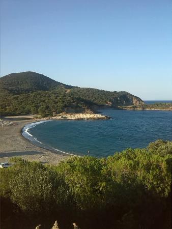 Campeggio Torre Chia: spiaggia del campeggio