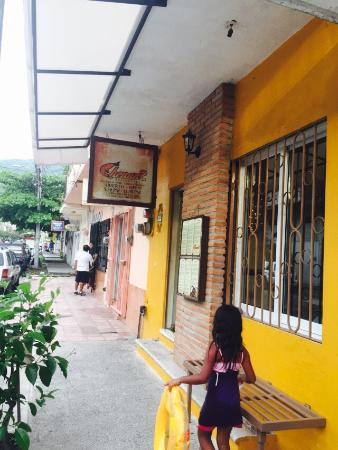 Chenandos Restaurant: photo0.jpg