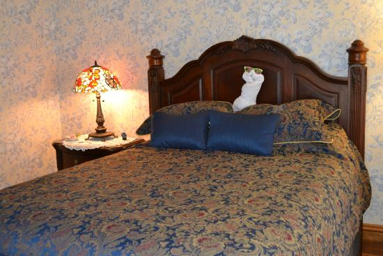 Cheney House Bed & Breakfast: Blue room