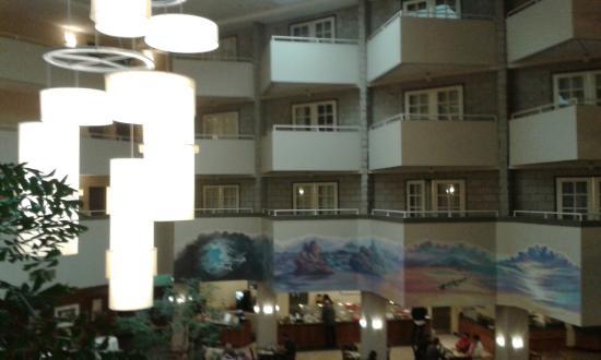 Int rieur vu de l entr e de la chambre picture of for Hotel interieur