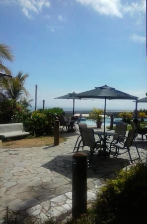 Hotel Eco Inn: Área de piscina