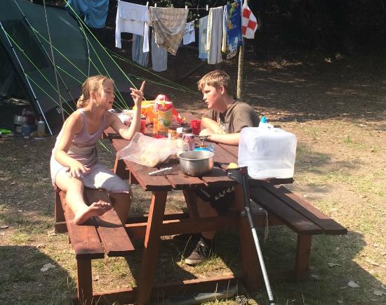 Camping Internazionale di Castelfusano: Dinner by the tent