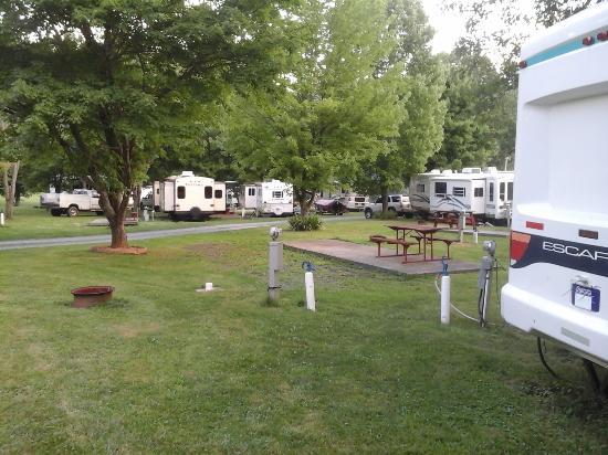 Vilas, Carolina del Norte: Big rigs fit great at Vanderpool Campground